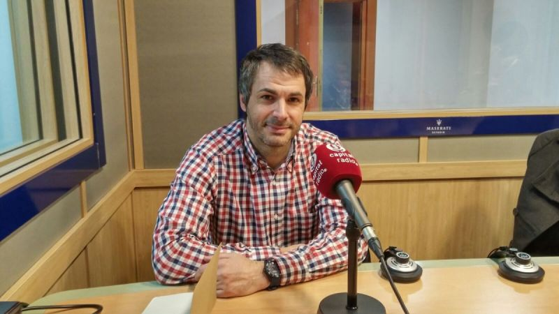 Foto-Capital-Radio-ICF-1